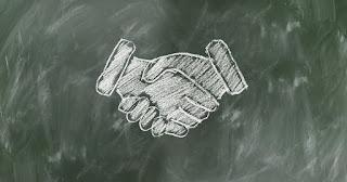 faktor atau penyebab kegagalan dan keberhasilan usaha secara umum melakukan  bekerja sama dengan orang yang tepat