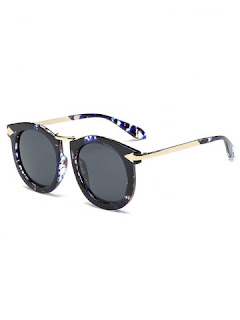 http://www.rosegal.com/sunglasses/cool-arrow-mark-splash-ink-859742.html?lkid=130260