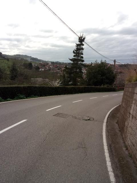 Carretera y vistas de la camocha