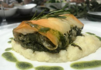 Spinach phyllo parcel