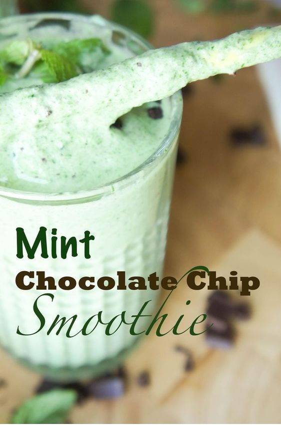 Kitchen Reno + Ultra Dreamy Mint Chocolate Chip Smoothie