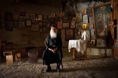 Η θεολογία στην Ελλάδα της δεκαετίας του '60 Μητρ. Ιεροθέου (Βλάχου)  Επιμέλεια Σοφία Ντρέκου