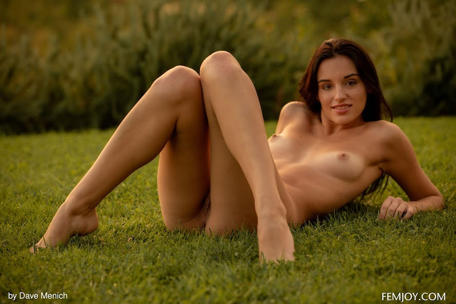 [FemJoy] Sasha C - Sunset re - idols