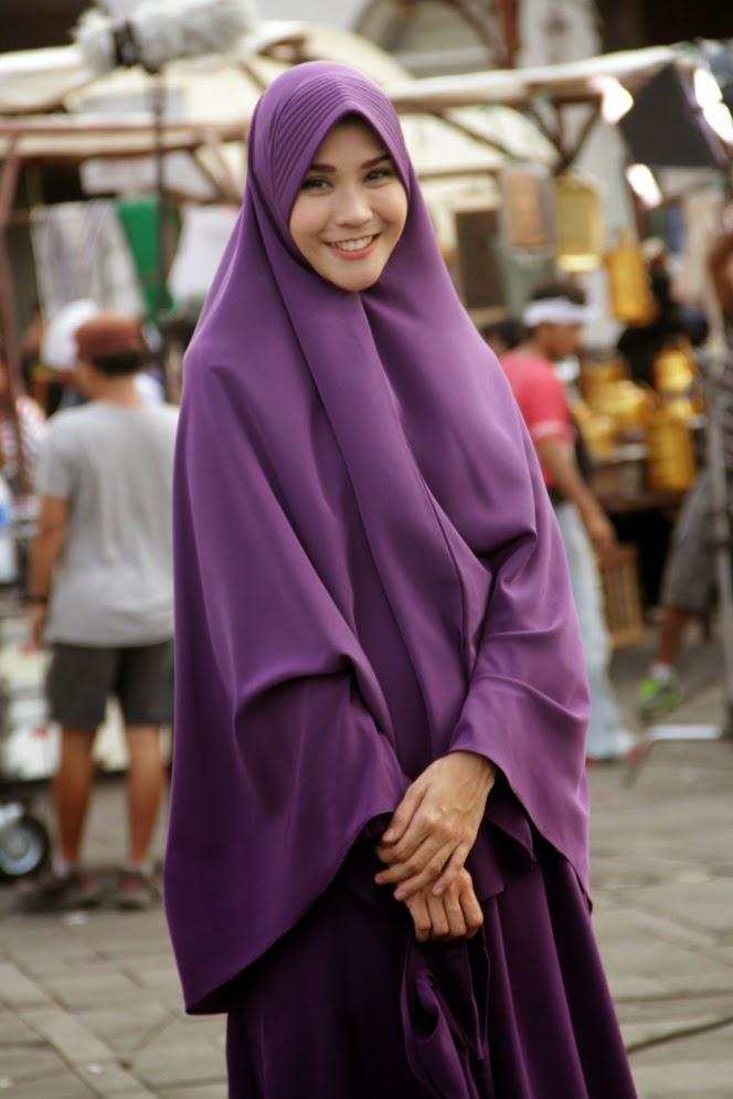 Foto Wanita Cantik Hijab Syar I