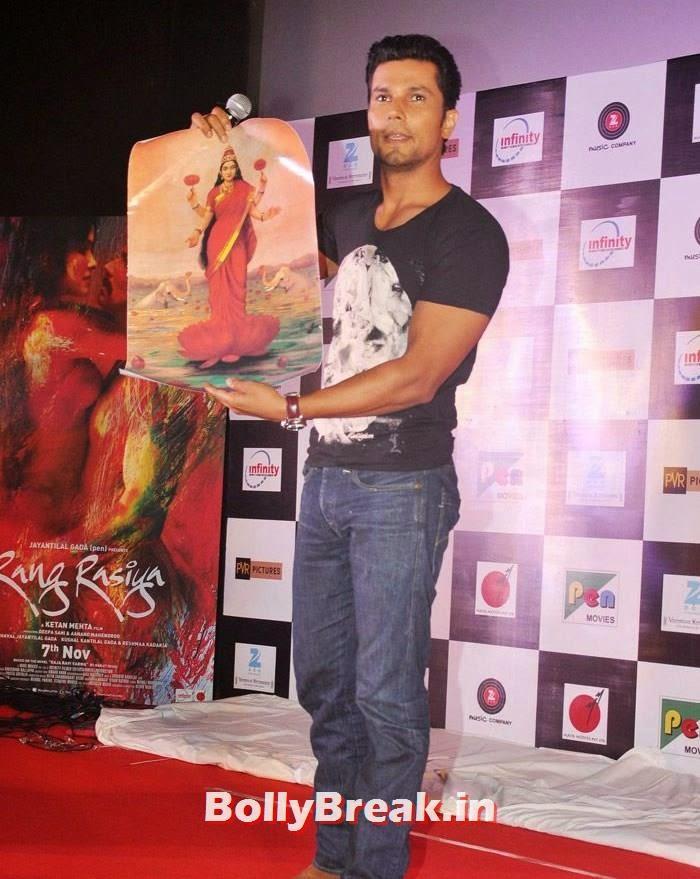 Randeep Hooda, Pics from 'Rang Rasiya' Music Launch