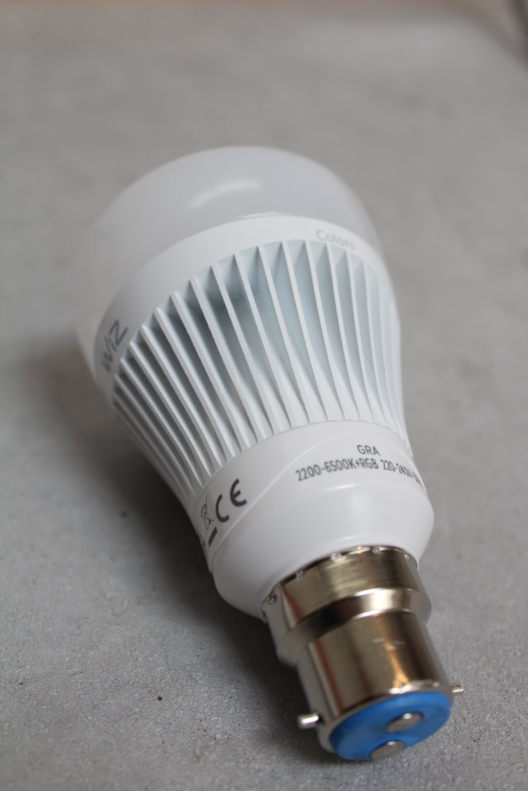 What do smart light bulbs look like