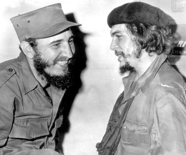 Foto de Fidel Castro y el Che Guevara con gorros