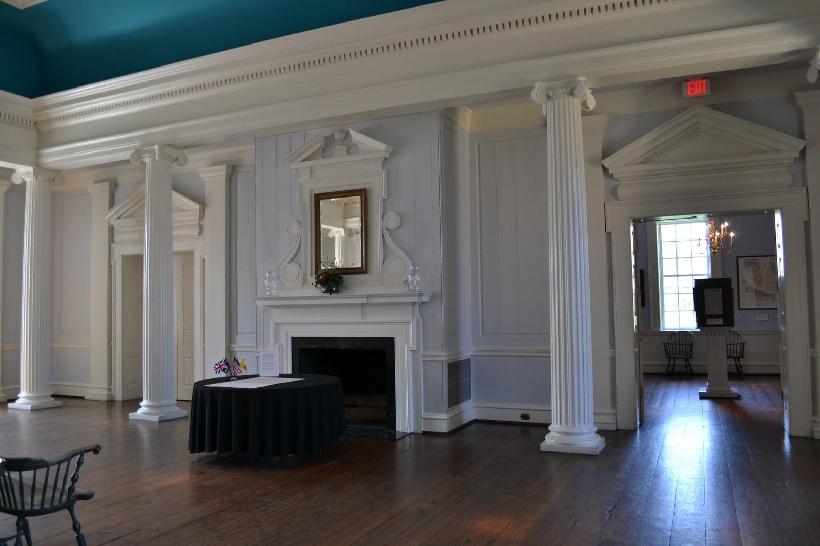 Старое здание торговли и темницы провоста. Чарльстон, Южная Каролина (Old Exchange Building and Provost Dungeon. Charleston, SC)