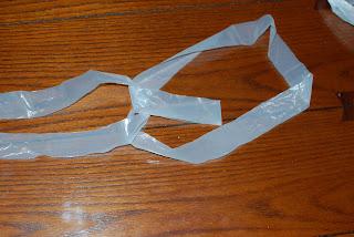How to Make Plarn - Step 7 | www.petalstopicots.com