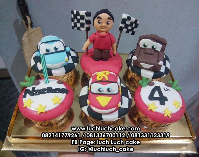 Cupcake Ulang Tahun Cars dan Teman-Teman