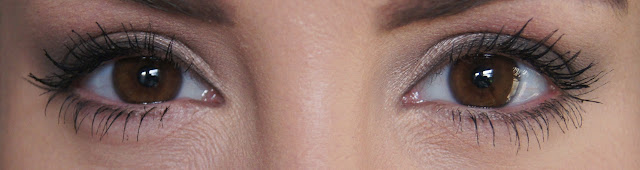 rimmel wonderfull mascara with argan oil swatch on eyes