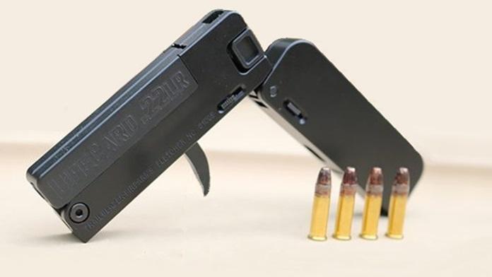Pistola più piccola del mondo quanto una carta di credito