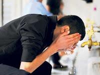 Bacaan Doa Sebelum Dan Selesai Berwudhu Lengkap Artinya