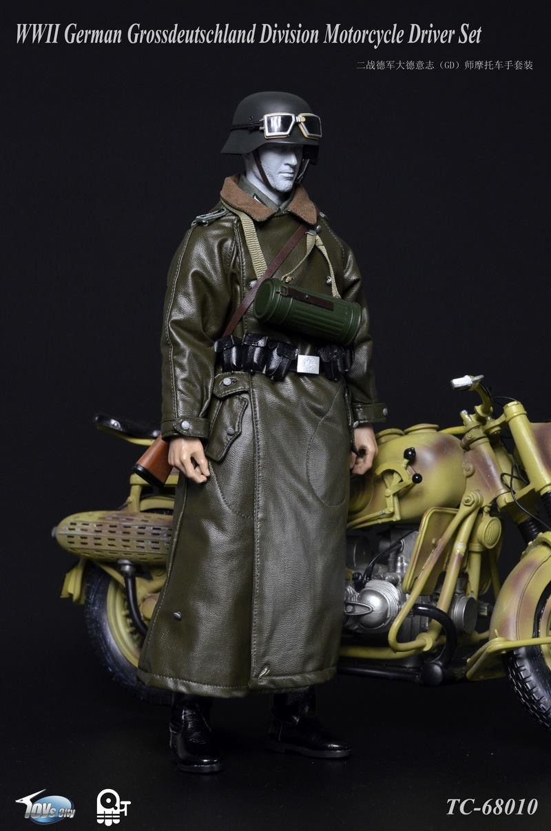 1//6 Scale TC-6810 WWII German Motorcycle Driver TC Figures Overcoat
