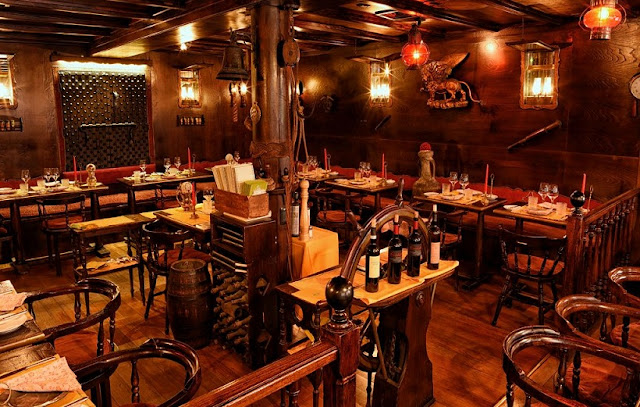 Restaurante para um jantar e degustação de vinho em Veneza