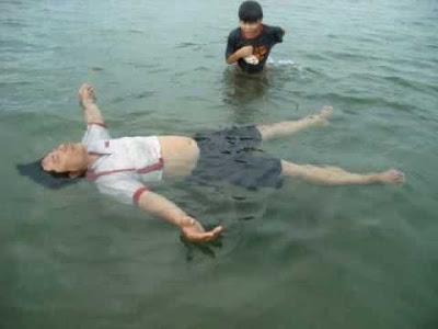 Hiểu rõ cơ thể mình khi nổi trên mặt nước