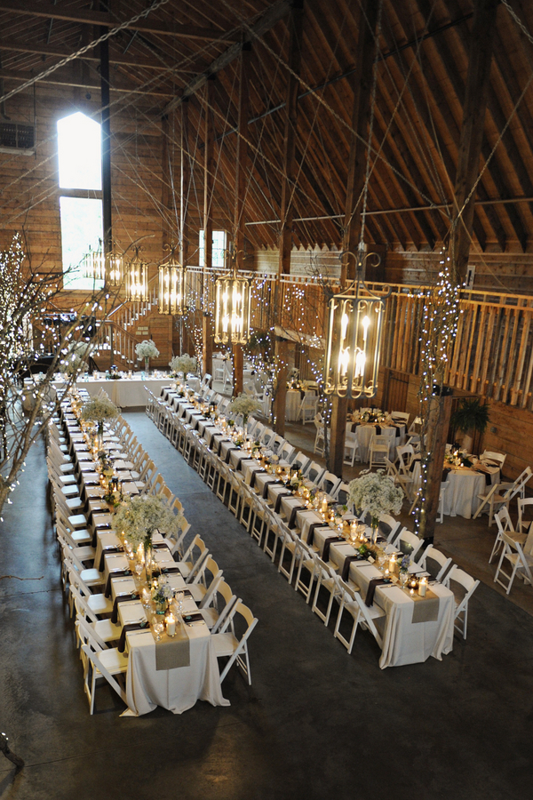 barn+wedding+rustic+horse+cowboy+cowgirl+babys+breath+centerpieces+bouquets+floral+arrangement+blue+baby+powder+burlap+woodland+organic+brown+barnhouse+groom+bridal+lace+bride+something+blue+Melissa+McCrotty+Photography+21 - Baby's Breath in the Barn