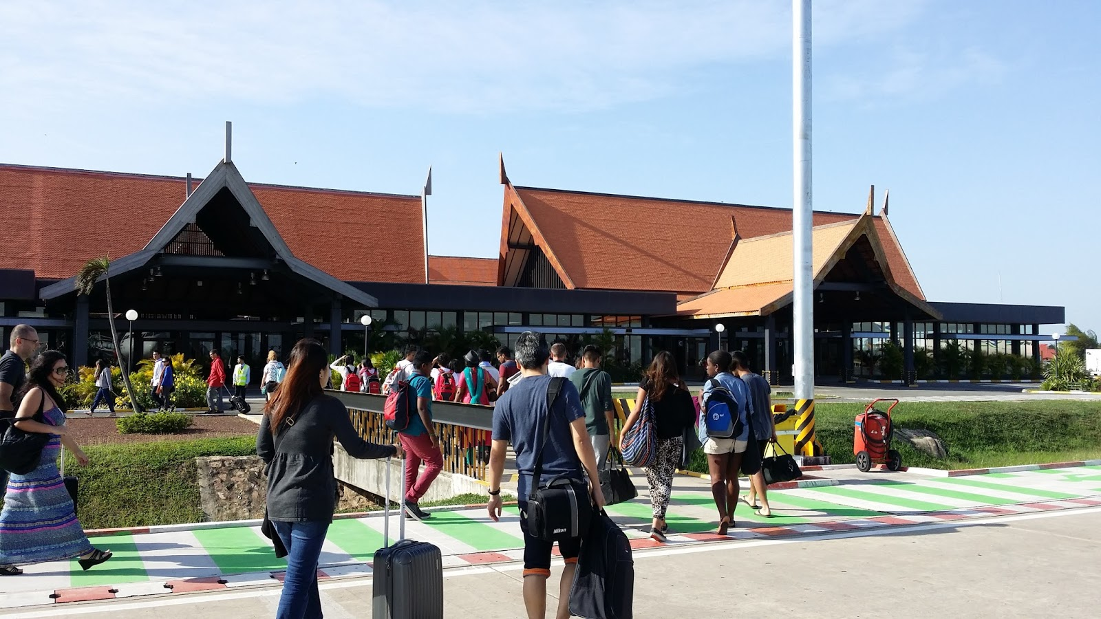 Resultado de imagen para aeropuerto camboya