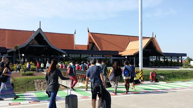 Terminal Internacional de llegadas en el Aeropuerto de Siem Reap (Camboya)