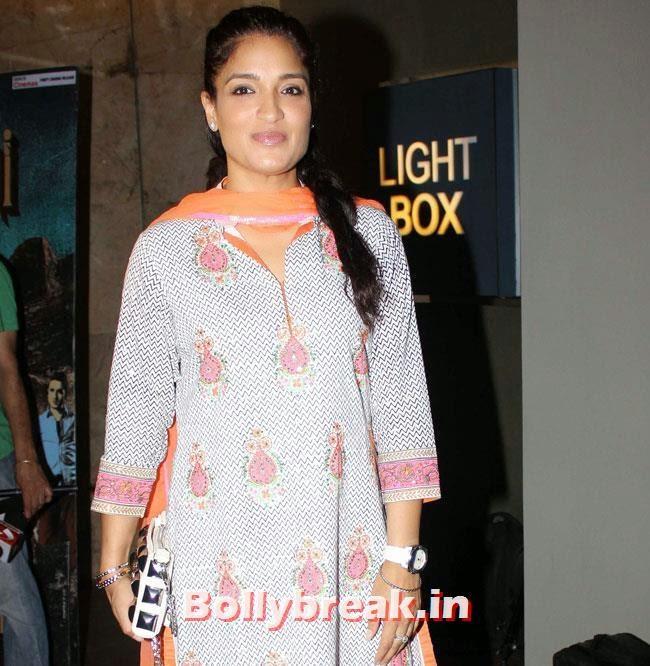 Sandhya Mridul, Special Screening of Revolver Rani