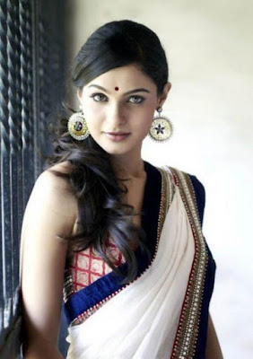 andrea jeremiah images download