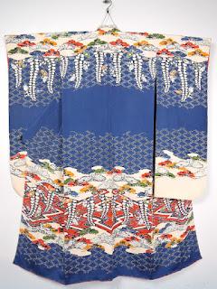 京紅型の栗山吉三郎の振袖です。