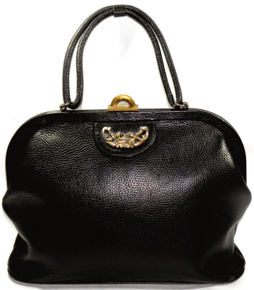 Saber Sixties Vintage Pebbled Leather Purse