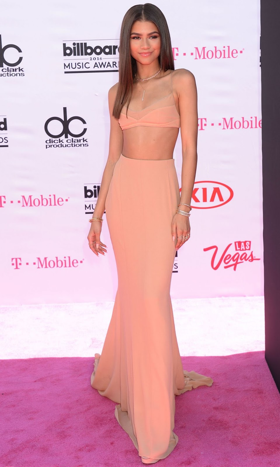 Zendaya flaunts toned physique in nude ensemble at the 2016 Billboard Music Awards