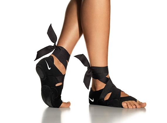 nike studio wrap yoga scarpe