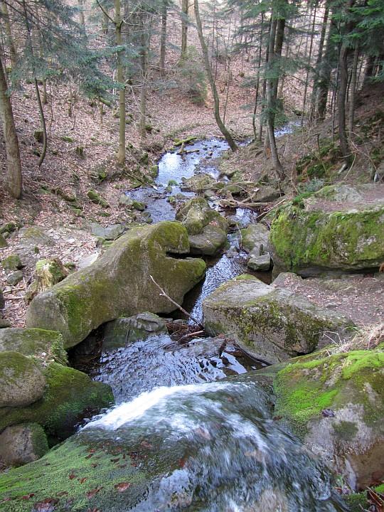 Wodospad Upornego Potoku.