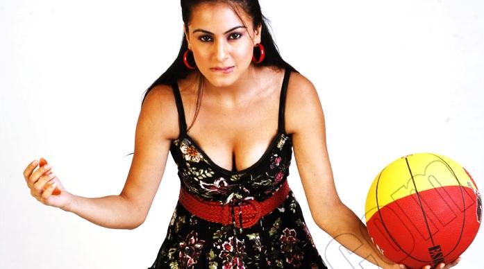 Click For Full Size Image: Hindi Serial Actress Shraddha