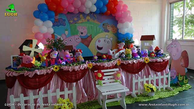 Decoração mesa de tema Peppa Pig - Festa de aniversário