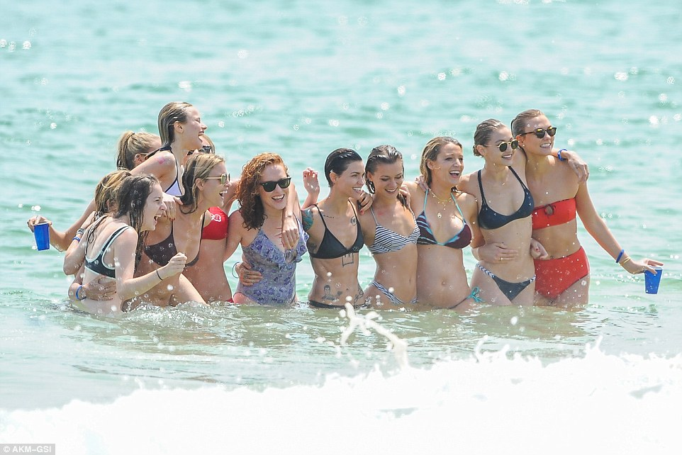 Taylor Swift hosts beach party for bevy of celebrity pals