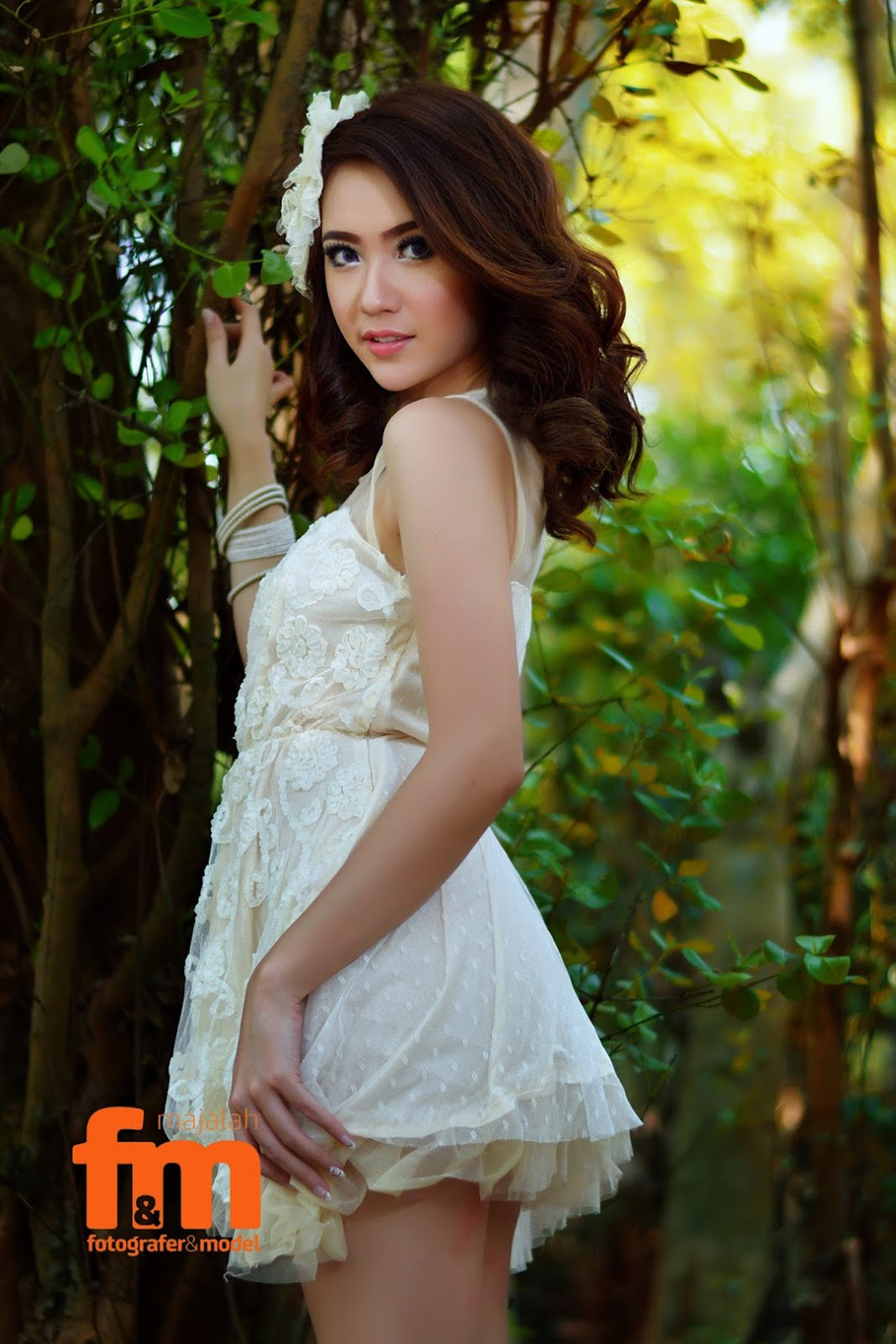 konsep foto Model Winny Valencia baju pengantin