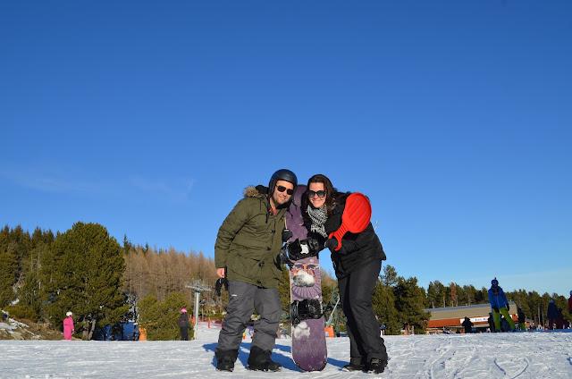 Priscila Gutierrez e Christian Gutierrez na estação de esqui