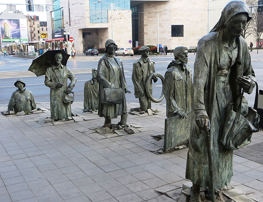 42 Of The Most Beautiful Sculptures In The World - The Monument Of An Anonymous Passerby, Wroclaw, Poland