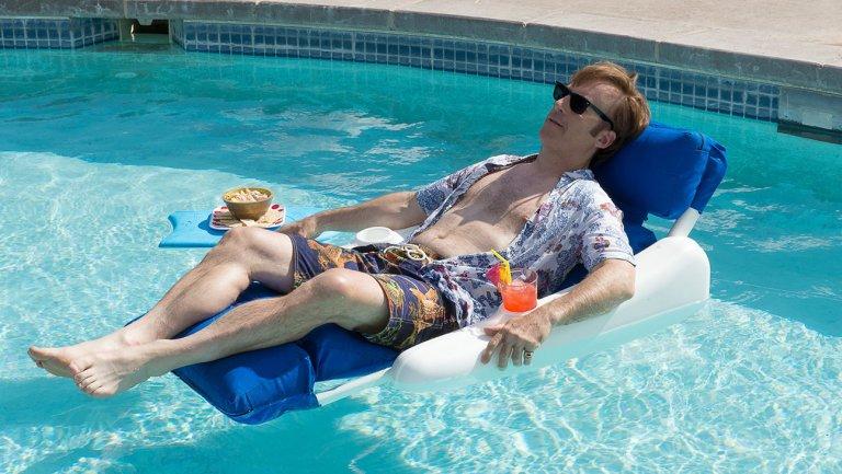 Saul Goodman in Pool, Better call saul