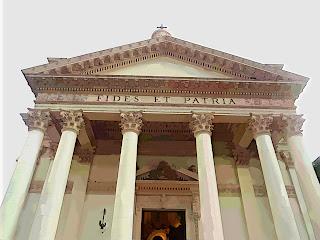 Fachada do Pantéon de los Héroes, em Asuncion, Paraguai