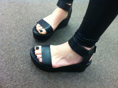 sandal-platform-terbaru