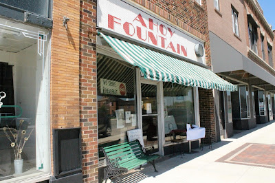 Iowa Ice Cream Road Trip - nostalgic Ahoy Fountain in Eldora