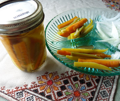 Mexican Pickled Carrots and Jalapenos