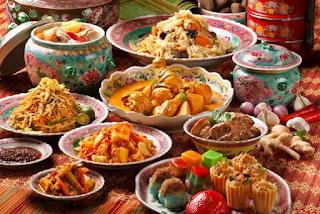 https://www.bacaklaromuzda.com/2019/02/lezatnya-hidangan-dihari-raya-idul-fitri.html