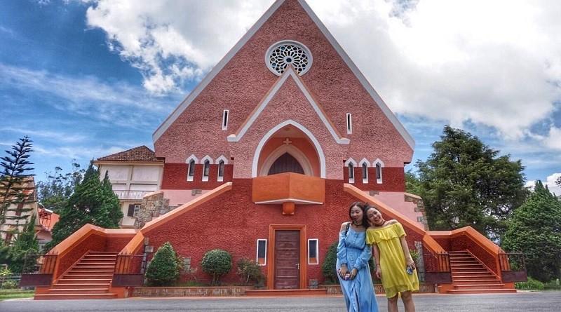 Nhà thờ Domain De Marie- Tour hot du lịch Nha Trang- Đà Lạt giá rẻ