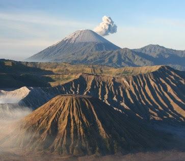 Daftar Tempat Wisata  gunung bromo Di Jawa Timur