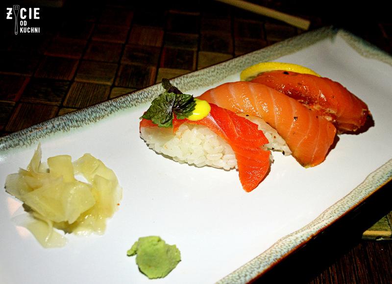 nigiri, nigiri z lososiem, edo, edo restauracja, edo sushi, edo fusion, gdzie zjesc w krakowie, kuchnia azjatycka, restauracja azjatycka w krakowie