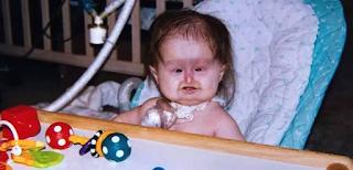 Το 1998 της είπαν να το ρίξει πριν γεννηθεί. Σήμερα είναι 20 Χρονών και μοιάζει ακόμη με Μωρό.