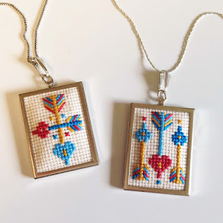 http://kbbcrafts.blogspot.com.es/2017/02/cross-stitch-hearts-arrows.html?spref=pi