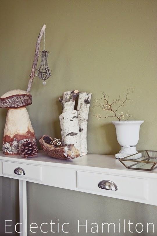 winterkomposition mit birke und eklektischen besonderheiten eclectic hamilton. Black Bedroom Furniture Sets. Home Design Ideas