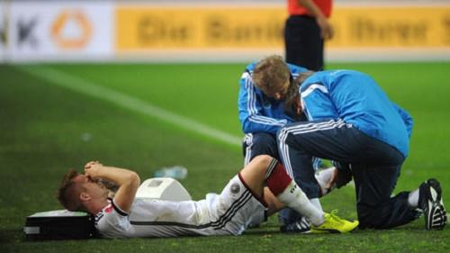 Marco Reus lại dính chấn thương nặng và anh sẽ phải nghỉ thi đấu 6 tháng