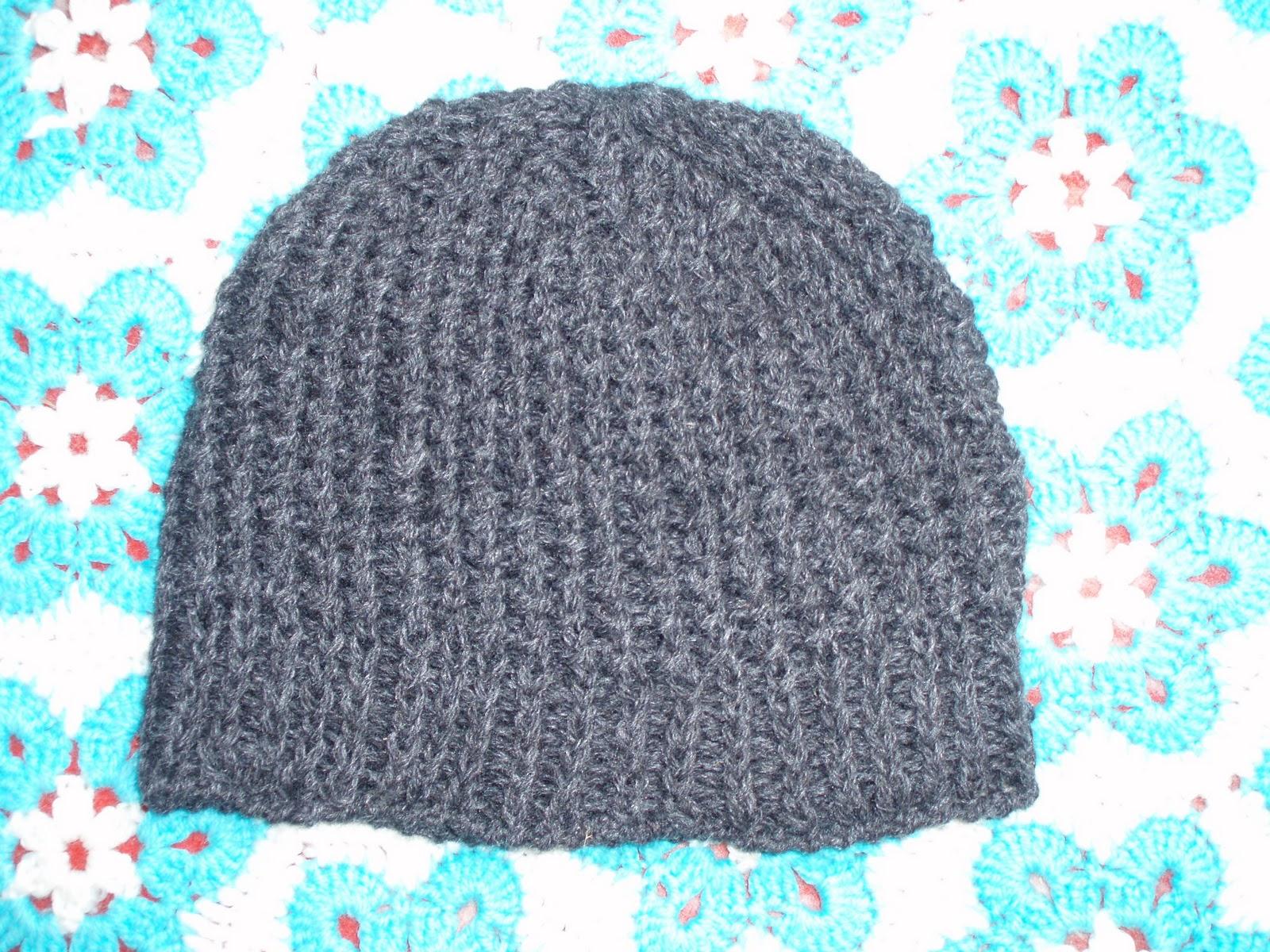 5c26ef93744 Pilt on hirmus nagu alati, aga müts ise on mõnusa mahulise mustriga, mitte  liiga paks ega liiga õhuke. Muster viimasest